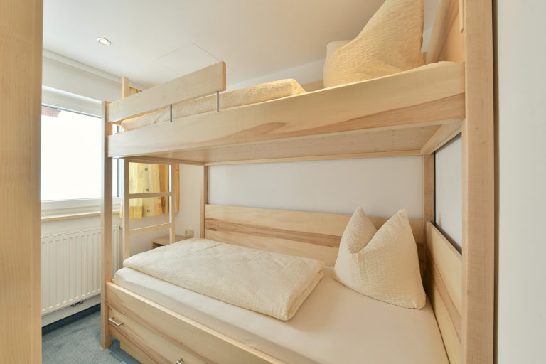 Hotelzimmer Tischlerei Heel Johann, ©Nenning Richard